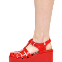 DON'T BE JELLY RED PLATFORM SANDAL