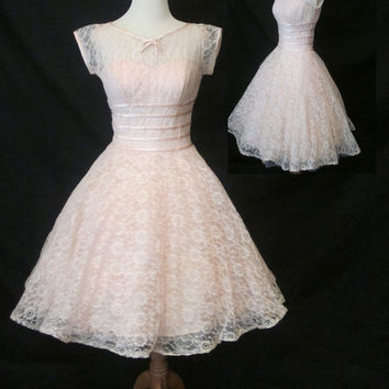 Vintage 1950's Pink Lace Dress. Prom/Homecoming/Evening