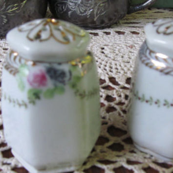 Dainty Floral Salt and Pepper Shaker Antique Salt and Pepper Shakers Shabby Chic Decor Wedding Decor