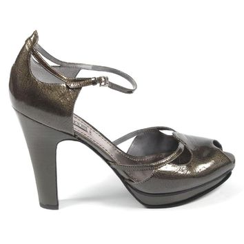 Nine West Womens Ankle Strap Sandal NWUNNA PEWTER