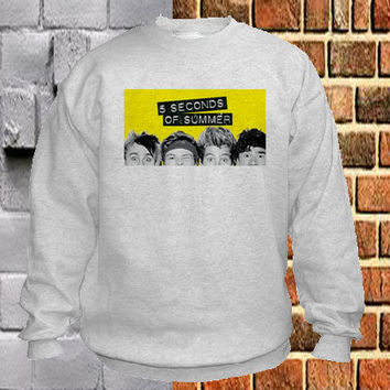 5 Seconds of Summer pose sweater Sweatshirt Crewneck Men or Women Unisex Size