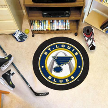 FanMats St Louis Blues Puck Mat  27 diameter