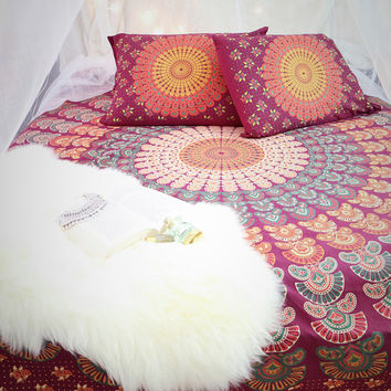 Mandala Throw Bedspread / Wall Hanging