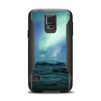 The Glowing Northern Lights Samsung Galaxy S5 Otterbox Commuter Case Skin Set