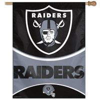 Oakland Raiders NFL Vertical Flag (27x37)