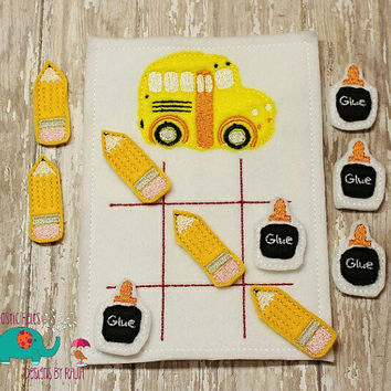 Back to school bus tic tac toe game embroidered, board game activity travel game quiet game busy bag felt board play set pencil glue bottle