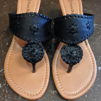 Stepping In Style Wedge Flop - Black