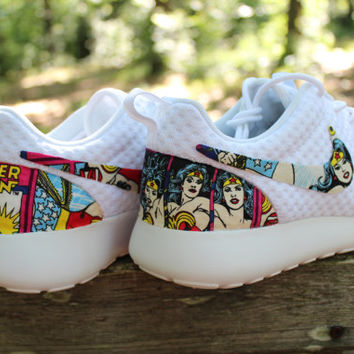 LIMITED Wonder Woman Nike Roshe