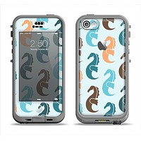 The Vector Colored Seahorses V1 Apple iPhone 5c LifeProof Nuud Case Skin Set