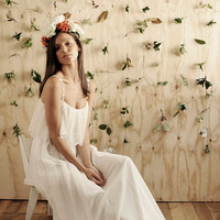 Gorgeous simple lace wedding dress perfect for the beach or garden