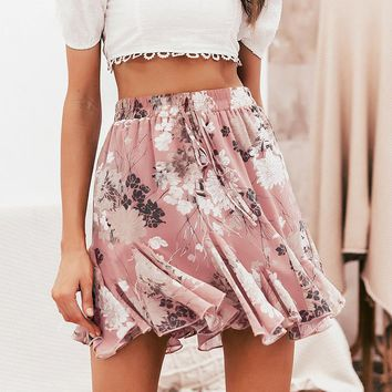 8DESS Bohemian floral print women skirt Elastic high waist ruffled mini skirt Casual summer beach short skirts