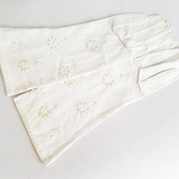 Vintage Leather Gloves Vintage White Gloves White Leather Gloves Embroidered Leather Gloves Mid-Length Gloves Floral Embroidered Gloves