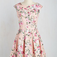 Fluttering Romance Dress in Blossoms | Mod Retro Vintage Dresses | ModCloth.com