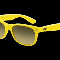 Ray-Ban RB2132 New Wayfarer Sunglasses | Official Ray-Ban Store
