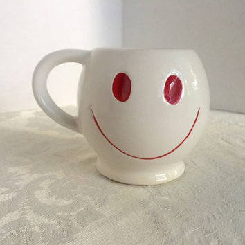 Vintage Smiley Face Mug