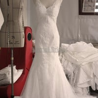 White/Ivory Sheer V Neckline Straps Lace Applique over Tulle Mermaid Elegant Wedding Dress with Sweep Train