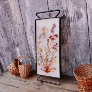 Rustic tray with dried flowers,wrought iron,country chic kitchen decor,cottage style,housewarming gift,for nature lovers,gardeners