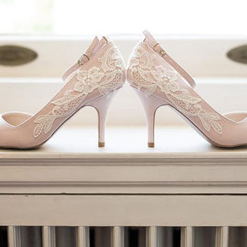 Blush Wedding Shoes - Blush Heels, Blush Bridal Shoes, Wedding Heels, Bridal Heels, Lace Heels, Blush Pumps with Ivory Lace. US Size 8.5