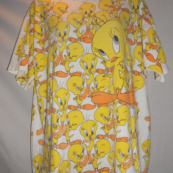Vintage 1993 90s Warner Bros Tweety Bird Print Shirt Very Thin Worn Wild Oats USA Size Large