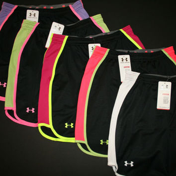 """Under Armour Women's Varsity 7"""" Mesh Basketball Shorts 1232520 Black with Colors"""