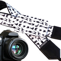 Cat camera strap with pocket. Black and white animals. Quite pets. DSLR camera strap for photographers. Camera accessories by InTePro