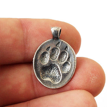 Wolf paw, Wolf pendant, Wolf footprint, Wolf jewelry, Paw necklace, Dog paw, Dog pendant, Dog jewelry, Wolf necklace, Animal paw
