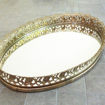 Oval brass mirror vanity tray - Mirrored vanity tray filigree brass frame - Dresser-top tray - Bathroom decor - Perfume tray - Jewelry tray