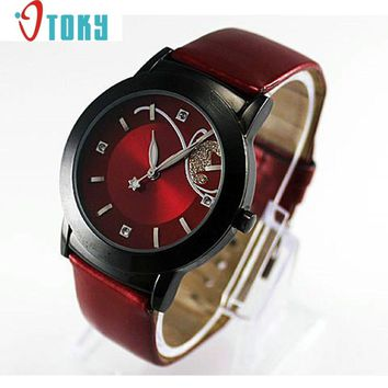 Design montres novel Fashion Girl Women Luxury Diamond Pretty Quartz Wrist Watch Red Dropshipping