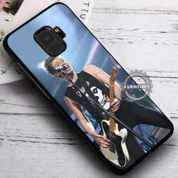Live Concert Luke Hemmings 5SOS iPhone X 8 7 Plus 6s Cases Samsung Galaxy S9 S8 Plus S7 edge NOTE 8 Covers #SamsungS9 #iphoneX