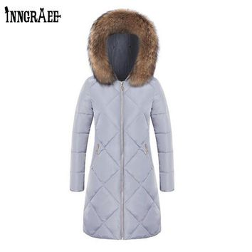 2017 Winter Fashion Cotton Coat Female Slim Warm Hooded Parkas Female Overcoat Women Cotton padded Jacket NS8596