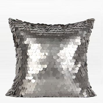 "Silver Round Sequins Pillow 17""X17"""