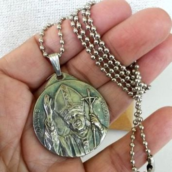 Vtg 1983 Jubilee Year of Redemption John Paul II Silver Medal Necklace w/Chain
