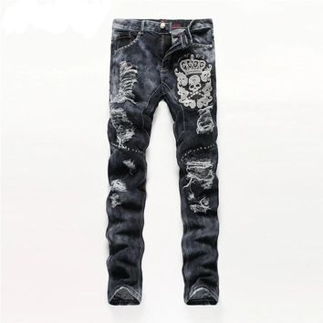 European American Style Men Quality Skull Straight Distressed Jeans
