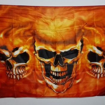 SKULL Flag Motorcycle Club Skull burning three hot sell goods 3X5FT 150X90CM Banner brass metal holes