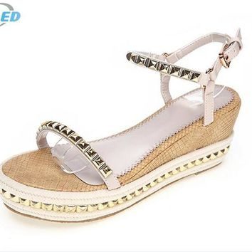 Hot sales women sandal shoes 2017 new summer shoes fashion sandals rivet straw braid w