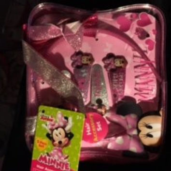 Disney Junior Minnie Hair Accessory Set 5 Piece 1 Headband, 4 Snap Clips, and Bag