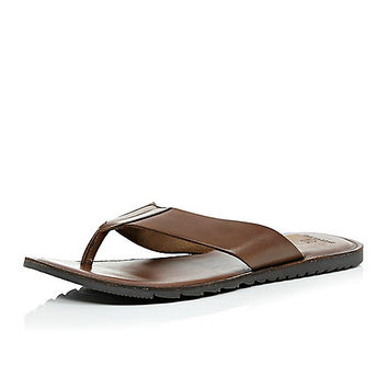 River Island MensBrown leather plain sandals