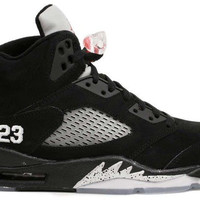 Jordan 5 Black Metallic Silver Retro