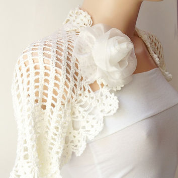 Bridal Shrugs, crochet Ivory, Cream Wedding, Boleros with OOAK ROSE