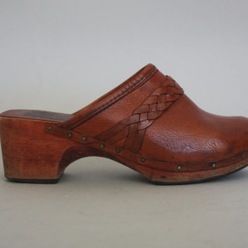 70s Wood & Leather CLOGS - Vintage WHISKEY Brown Slip On Shoes - size 6 us / 36.5 eu