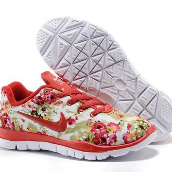 Women's/Youth's Nike Free TR FIT 3 Flower Print Training Shoes Red