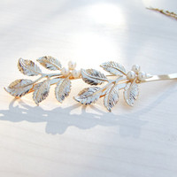 Flower Leaf Hair Clip, Gold hair pin, Floral Hair Accessory, Bridal Hair Accessory, Bridesmaid Hair Clip