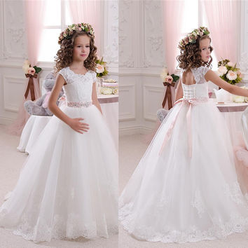 Little Girls' Communion Dresses Sheer Crew Neckline Ball Gown Lace Appliques A Line Long Little Flower Girls' Dress 2016 AG98