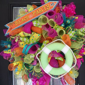 XL Deco Mesh Summer Wreath, Beach Themed Decoration, Beach Party, Door Hanger, Ready to Ship