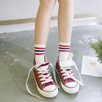 High Quality Fashion Women Socks Korea Three Stripes White Tube Socks Women Preppy Style Long Socks Summer Cotton Socks