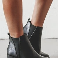 Smile And Wave Boys Black Platform Leather Bootie