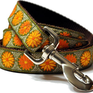 Orange and Yellow Daisies Coordinating Leash