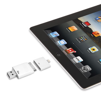 The Only Read And Write iPad Flash Drive (32 GB)