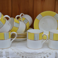 Art Deco set of 6 bone china demitasse/ coffee cups and saucers  / English pottery 1930s Heathcote China