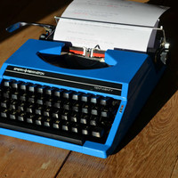 Christmas SALE! - Working Typewriter - Sky Blue Sperry Remington 1020 - Fully Serviced